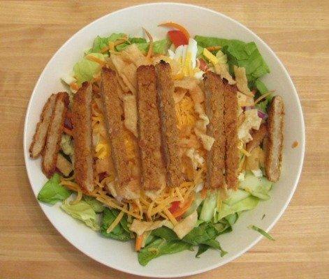 Boca Spicy Chik'n Cobb Salad