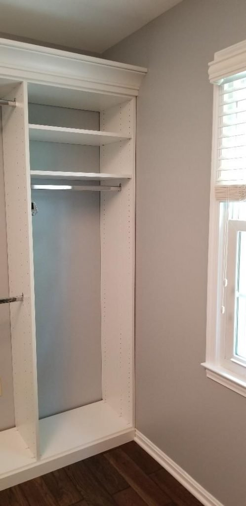 Full-length/dress hanging space