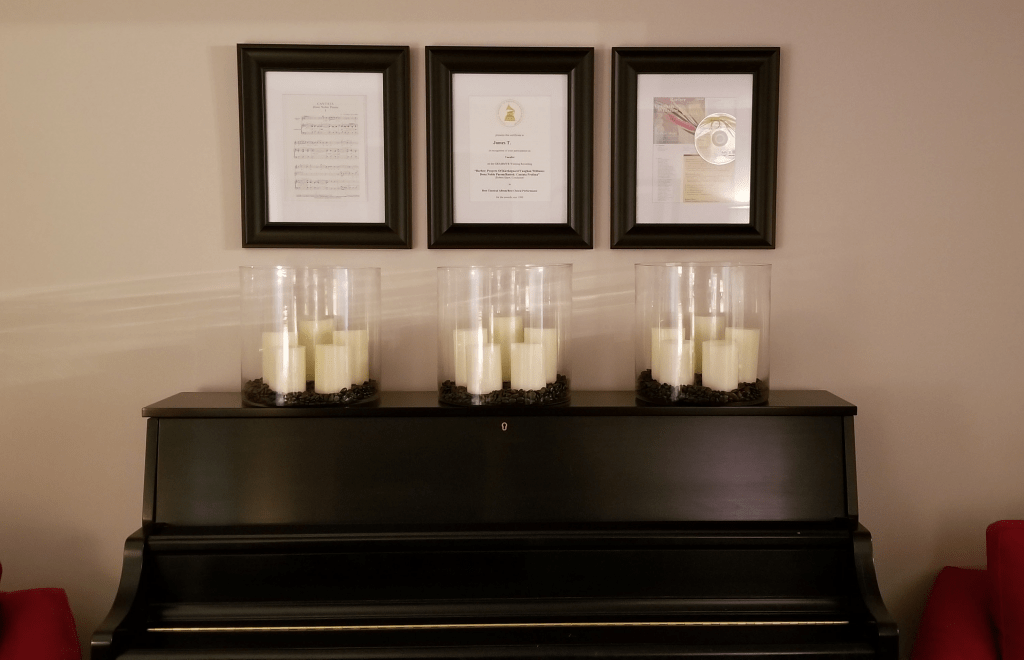 Final result with vases, candles, and frames