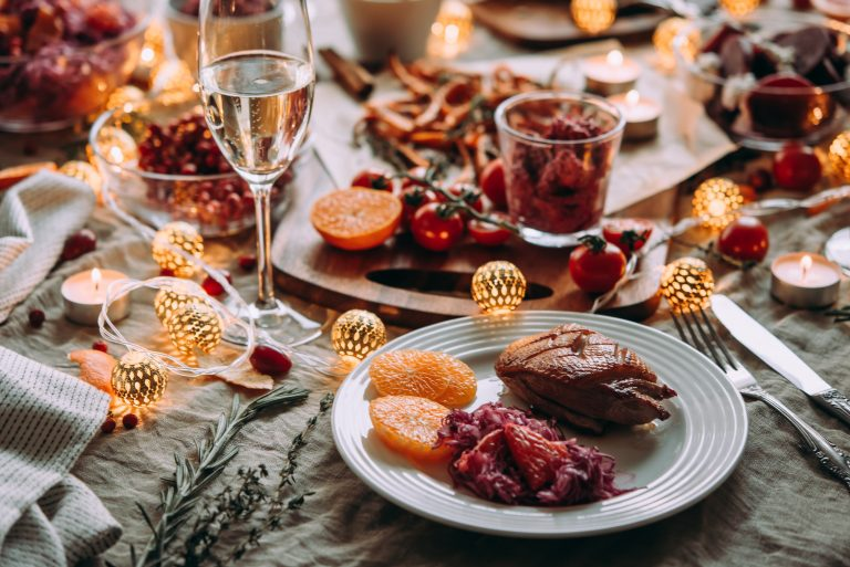 How to Navigate Holiday Eating