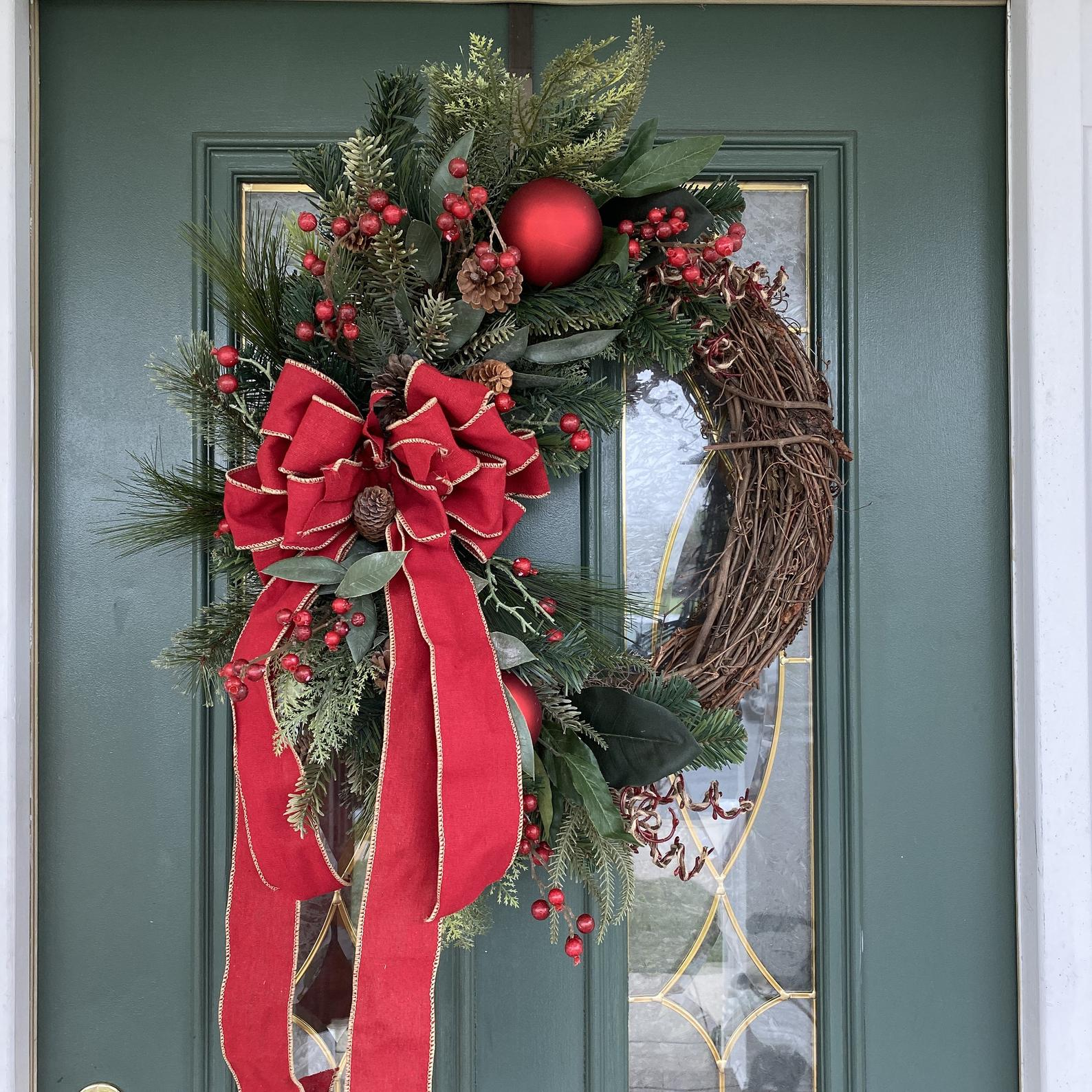 Red and Gold Bow Christmas Wreath