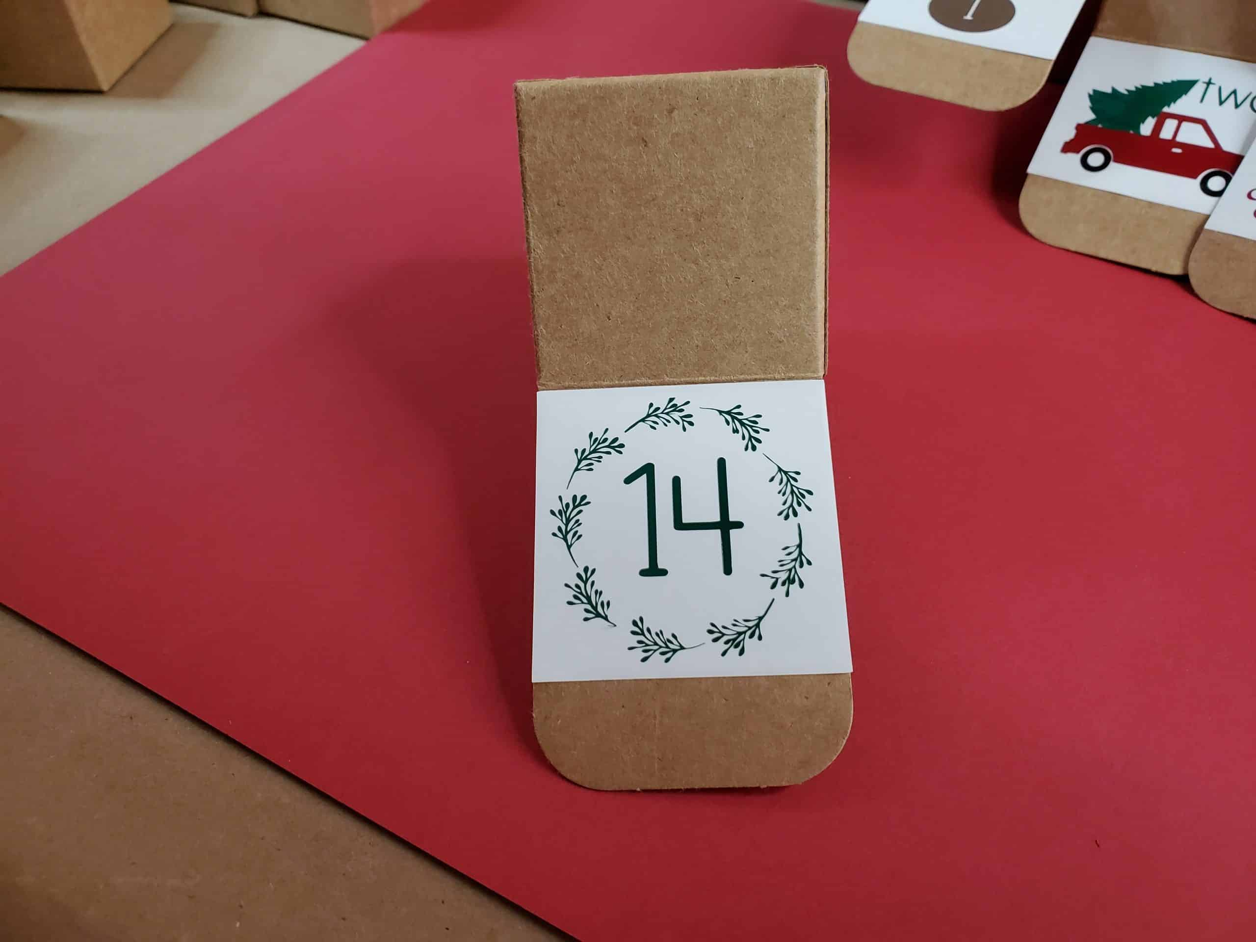 Square 14 box
