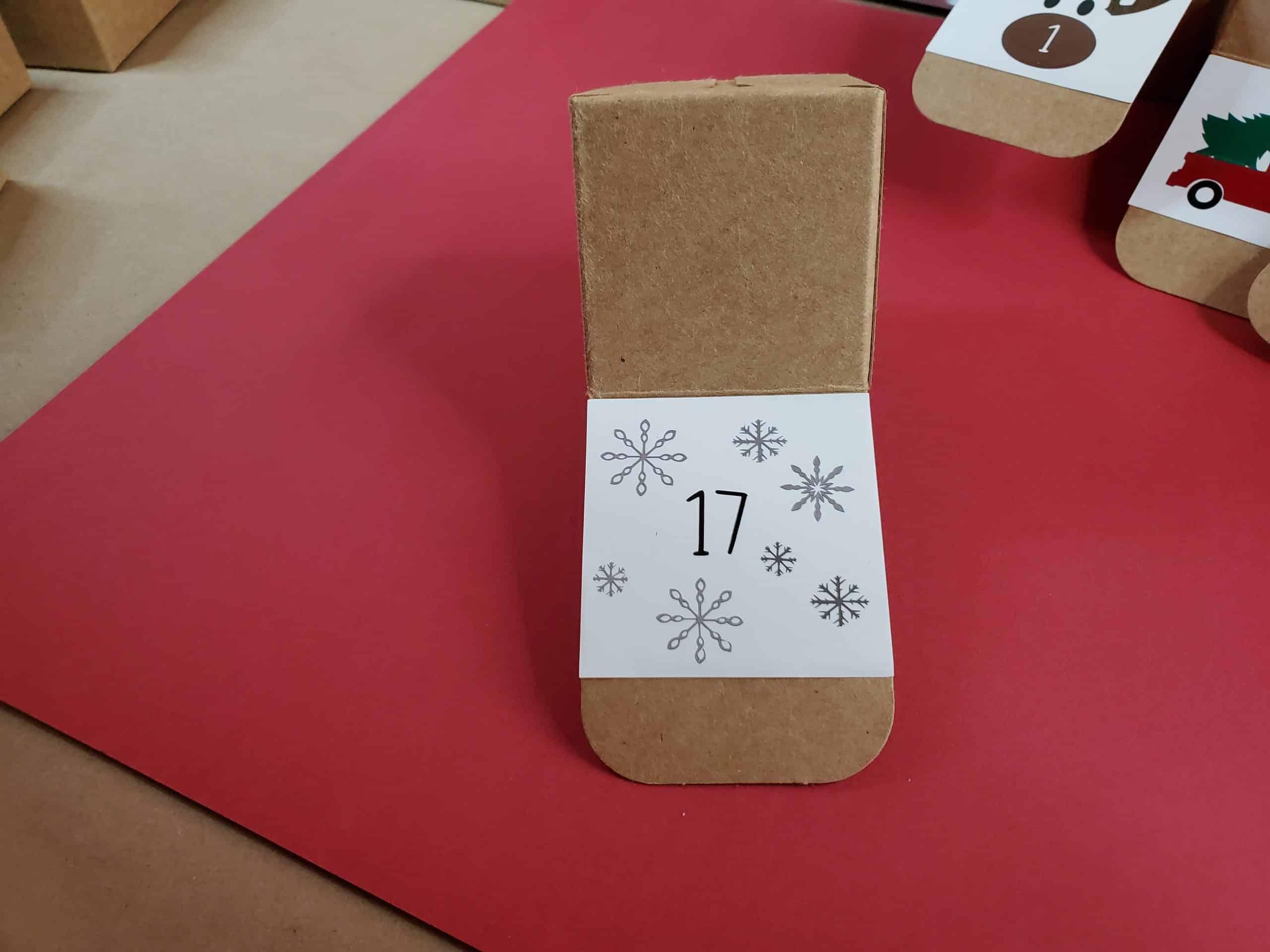Square 17 box
