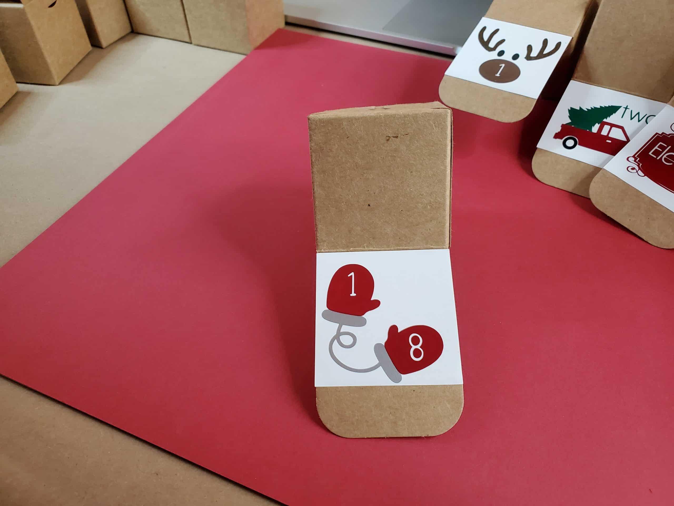 Square 18 box