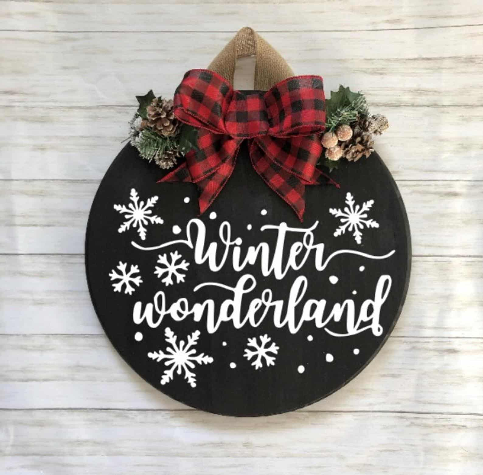 Winter Wonderland Round Sign