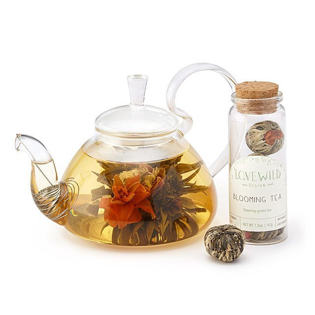 Blooming Tea tea balls that bloom into flowers in teapot and hot water