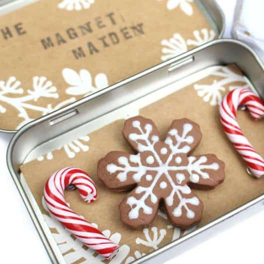 Gingerbread Scented Snowflake and Candy Cane Magnet Set