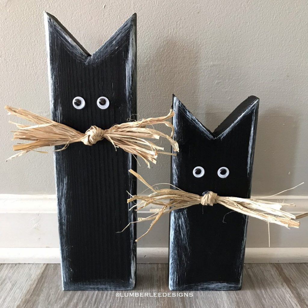 Beautiful Fall Decor Finds - Wooden Black Cats
