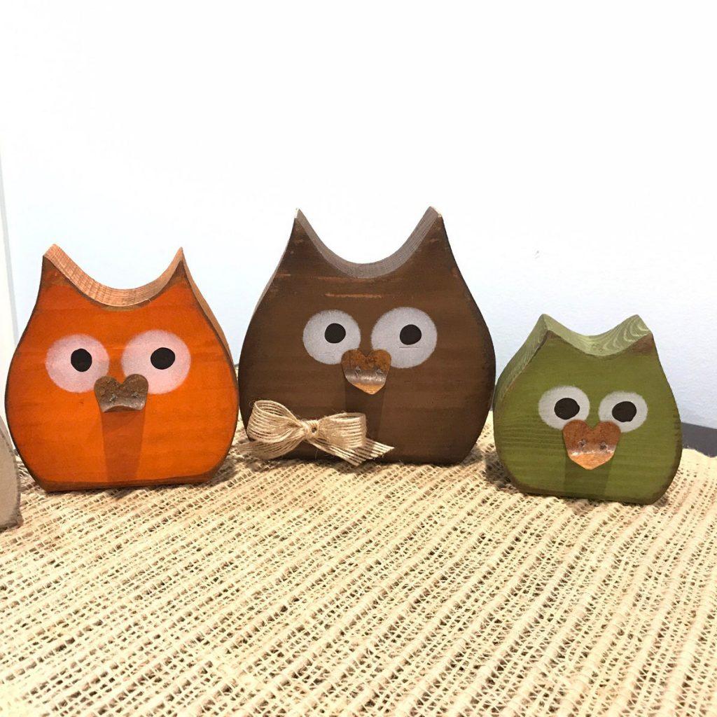 Beautiful Fall Decor Finds - Autumn Wooden Owls
